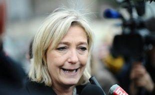 """Marine Le Pen, candidate du Front national, a ironisé jeudi sur France 2 sur """"l'heureux hasard"""" que constitue la possible libération """"à quelques jours des élections"""" de la Française Florence Cassez, condamnée à 60 ans de prison au Mexique."""