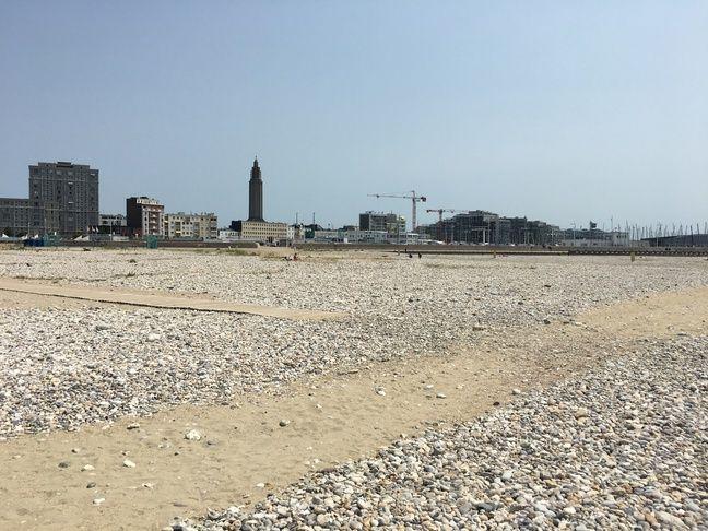 La ville du Havre, vue de sa plage.