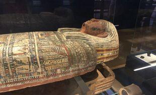 Le cercueil de Ptahirdis est l'une des pièces maîtresses de cette exposition