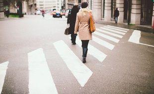 La mortalité routière des piétons atteint en effet son maximum en automne / hiver. (Illustration)