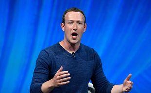 La patron de Facebook Mark Zuckerberg lors d'une conférence au salon de l'innovation VivaTech, à Paris, le 24 mai 2018.