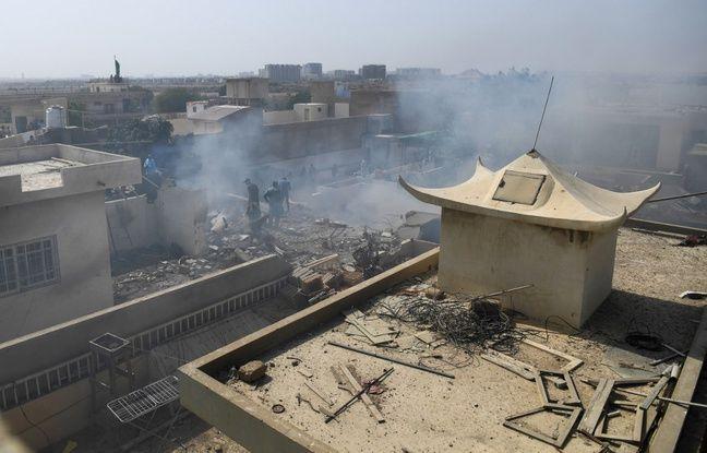 Pakistan: Un avion de ligne, transportant près de 100 passagers, s'est écrasé à Karachi sur un quartier résidentiel