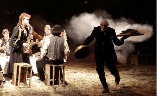 La célèbre compagnie de théâtre itinérant du Footsbarn se produira du 8 au 11décembre .
