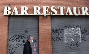 Un restaurant fermé à Barcelone, le 14 octobre 2020.