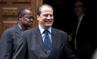 """Jean-Christophe Cambadélis (PS), réélu député de Paris, a indiqué lundi sur Canal + que pour la direction du Parti socialiste, il allait """"proposer un ticket avec Harlem Désir"""", numéro deux du parti."""