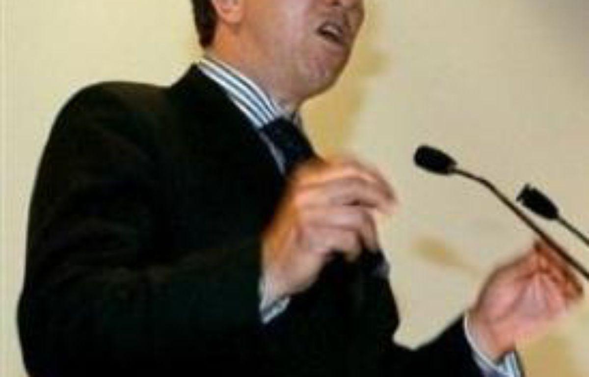 """Le député UMP Jean-Paul Charié juge que le Rapport Attali contient des propositions """"sérieuses, faisables et équilibrées"""". –  AFP"""