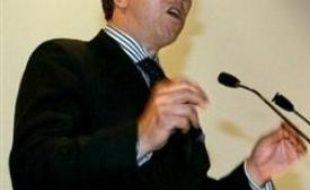 """Le député UMP Jean-Paul Charié juge que le Rapport Attali contient des propositions """"sérieuses, faisables et équilibrées""""."""
