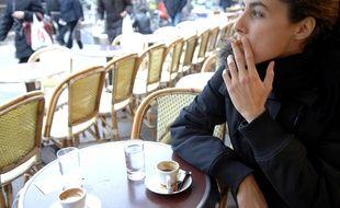 Pour le Dr Frédéric Saldmann, la petite cigarette que l'on s'offre pour accompagner le café est