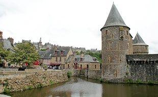 Le château de Fougères accueille en moyenne 90000 visiteurs chaque année.