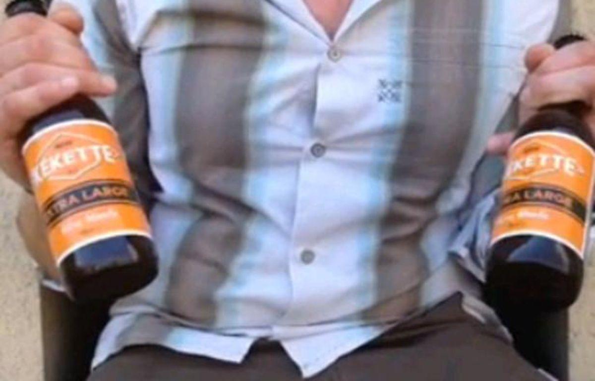 Deux bouteilles de Kékette, une bière normande brassée en Belgique – Capture d'écran