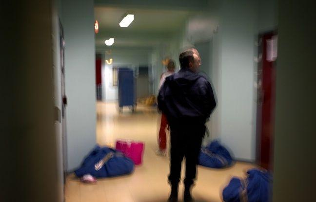 Lyon: Ils auraient découpé le grillage d'enceinte de la prison à la disqueuse pour envoyer des colis à des détenus