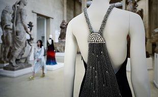 Des pièces culte de l'histoire de la mode font écho aux œuvres monumentales du sculpteur Antoine Bourdelle.