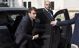Emmanuel Macron est en difficulté depuis le début de son mandat quand il s'agit de remanier le gouvernement.