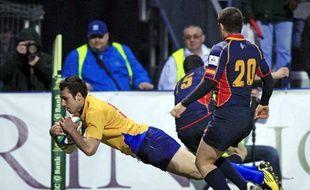 Le Roumain Fercu inscrit un essai contre l'Espagne, le 19 mars 2011 à Bucarest