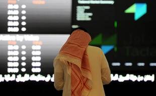Un trader à la bourse de Ryad en Arabie Saoudite, le 15 juin 2015