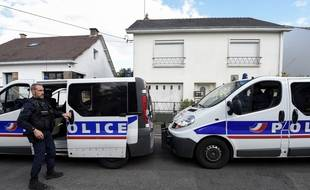 Reconstitution sur les lieux des crimes, à Orvault, en avril 2019.
