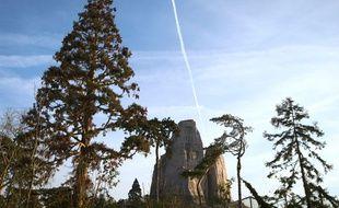 Vue du grand rocher du parc zoologique de Vincennes.