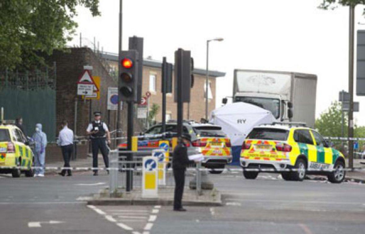 Scène du drame àWoolwich, dans le sud-est de Londres, le 22 mai 2013. – Alastair Grant/AP/SIPA