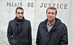 Me Dominique Bianchi (à gauche), aux côtés de son client Xavier Volckrick, salarié d'Exide.