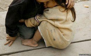 La photo des deux enfants a été utilisée pour illustrer le conflit syrien en 2013 ou les manifestations au Tibet en 2010
