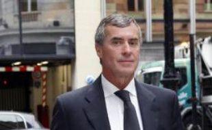 L'ex-ministre du Budget Jérôme Cahuzac arrive au pôle financier de Paris, le 11 septembre 2013
