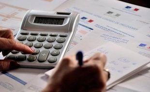 Toutes les entreprises soumises à l'impôt sur les sociétés devront effectuer l'intégralité de leurs déclarations sur l'internet à compter de mai 2013, avec une première étape au 1e octobre 2012, a annoncé jeudi le ministère des Finances, dans un communiqué.