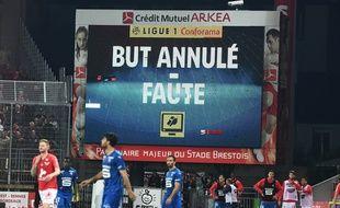 Le but refusé pour Rennes à Brest