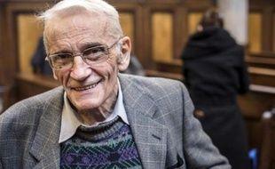 Le Père Gérard Riffard au Palais de justice de Lyon, le 2 décembre 2014