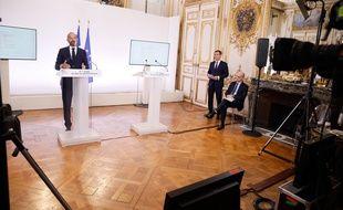 Présentation à Matignon le 28 mai de la phase 2 du plan de déconfinement, avec Edouard Philippe, Premier Ministre, Olivier Véran, ministre de la Sante et Jean Michel Blanquer, ministre de l'Education Nationale.