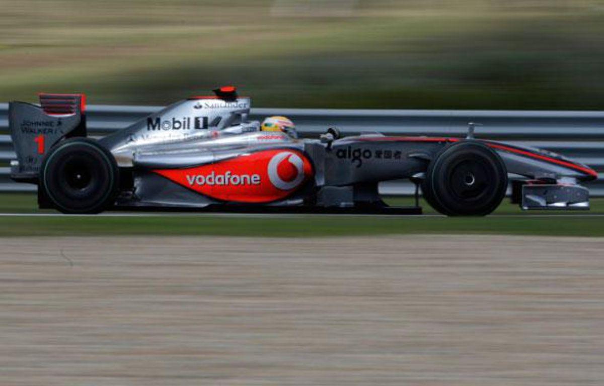 Lewis Hamilton, vainqueur du Grand Prix de Hongrie, le 26 juillet 2009. – REUTERS/Stoyan Nenov