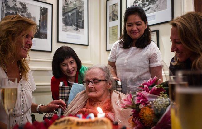 Clare Hollingworth avait fêté ses 105 ans à Hong Kong, le 10 octobre 2016.
