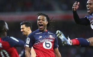La joie des Lillois après le but de Loïc Rémy contre Lyon