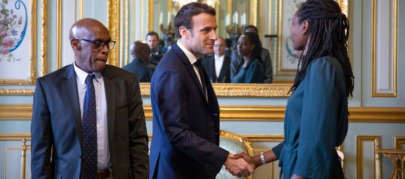Emmanuel Macron accueillait les membres de l'association de rescapés du génocide, Ibuka France, vendredi.