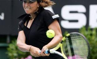 La Française Aravane Rezaï s'est qualifiée pour la finale du tournoi WTA d'Auckland, où elle rencontrera l'ex-N.1 mondiale américaine Lindsay Davenport, à la faveur de sa victoire vendredi face à la Néo-Zélandaise Marina Erakovic (6-3, 7-5)