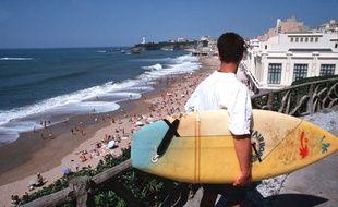 Surfeur à Biarritz, illustration