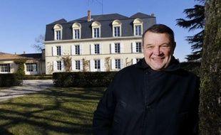 Le logo Agriculture biologique (AB) va apparaître au printemps sur l'étiquette d'un 1er grand cru du Bordelais, celle du millésime 2011 de Château Guiraud, dans le Sauternes, une première qui pourrait inspirer d'autres grands noms du vignoble.