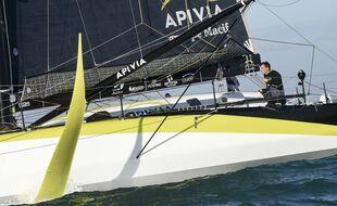 Charlie Dalin sur son bateau Imoca Apivia, aux Sables-d'Olonne le 8 novembre 2020.