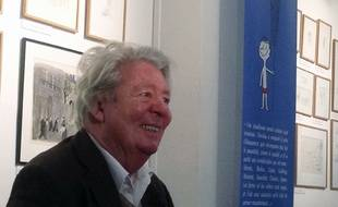 Sempé à l'exposition sur Les Vacances du petit Nicolas à Paris le 18 juin 2014