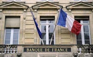 Le nombre de dossiers déposés auprès des commissions de surendettement a connu une hausse de 7,5% en avril par rapport au même mois de 2012, selon des chiffres publiés jeudi par la Banque de France.