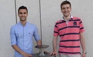 Antoine Di Tommaso et Thibault Legrand, les créateurs de Cy-Clope, première filière de gestion du mégot en France