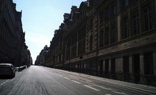 La rue Saint-Jacques déserte à Paris, le 8 avril 2020.