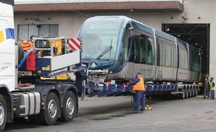 Livraison de la 130e rame de tramway du réseau de Bordeaux Métropole.