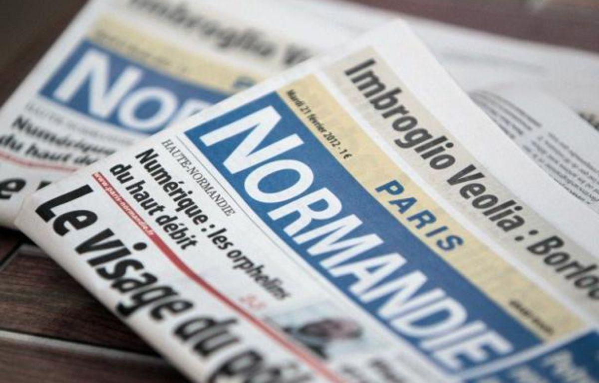 Le tribunal de commerce du Havre a donné mardi son feu vert à la reprise de Paris-Normandie par les journalistes Xavier Ellie et Denis Huertas qui auront la lourde tâche de tenter de redresser un quotidien qui n'a cessé de perdre des lecteurs depuis 40 ans. – Kenzo Tribouillard afp.com
