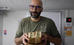 Le sandwich au tartare de truite d'Omar Koreitem pour Mokoloco
