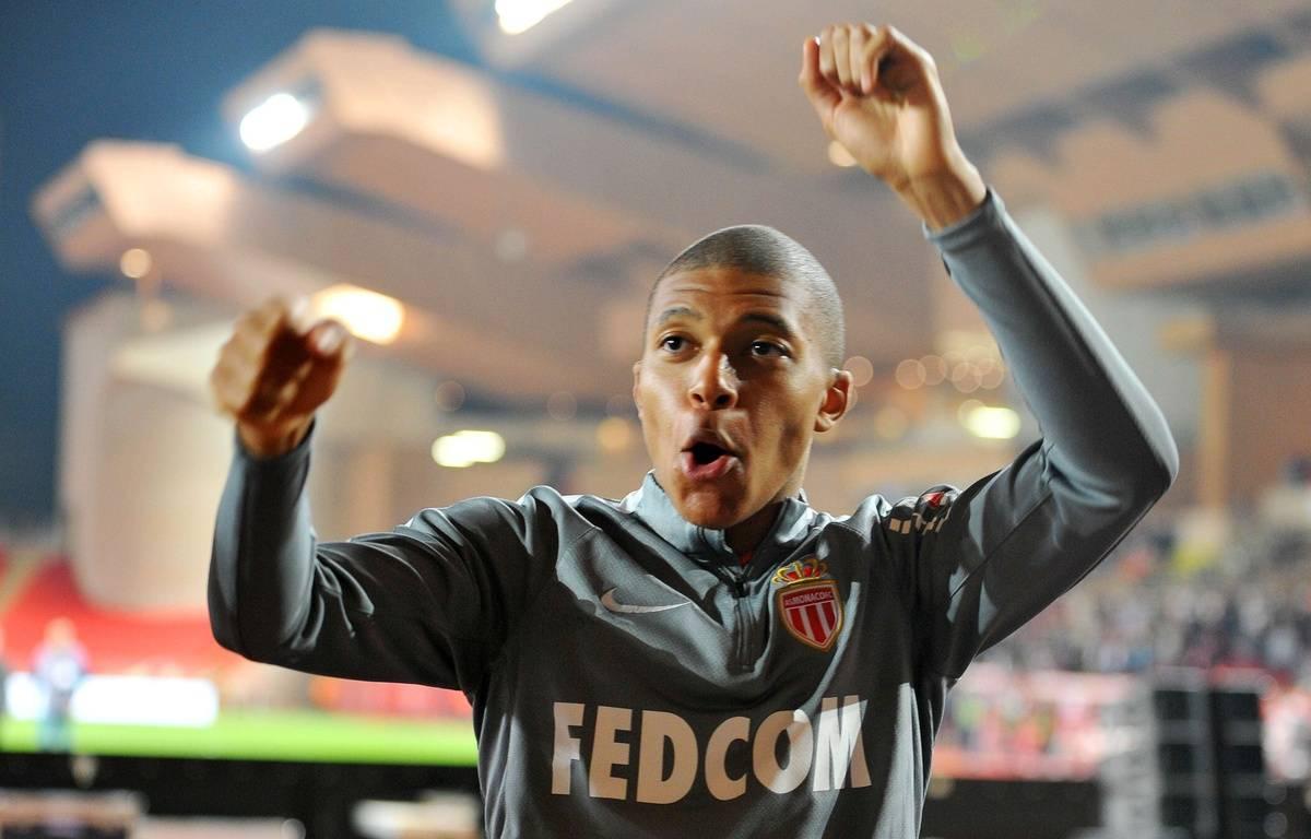 Mbappé fête le titre de Monaco.  – NSJsport/Shutterstock/SIPA