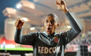 Mbappé fête le titre de Monaco.