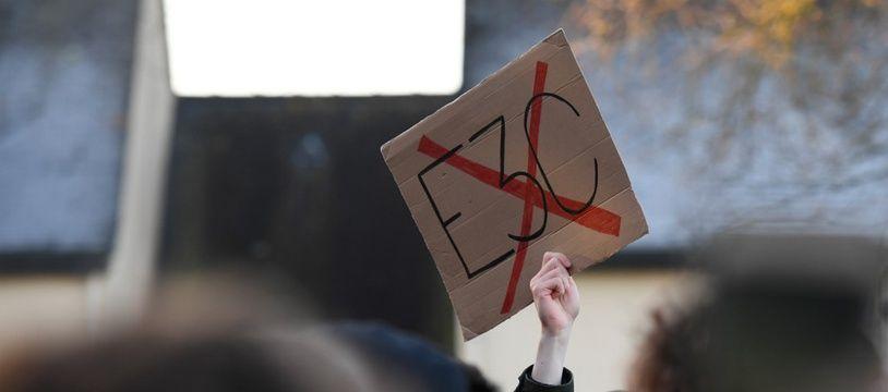 Une manifestation contre la réforme du baccalauréat, le 20 janvier 2020 à Montfort-sur-Meu (Ile-et-Vilaine).