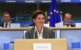 La candidate slovène Alenka Bratusek au poste de vice-présidente de la commission européenne, lors de son audition le 6 octobre 2014 devant le parlement européen