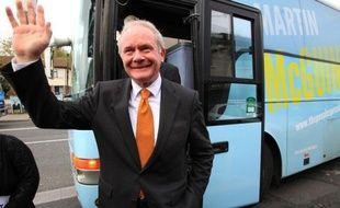 Les Irlandais s'apprêtaient à choisir jeudi leur président, un poste honorifique qui a suscité des vocations de personnalités hétéroclites parmi lesquelles un homme d'affaires médiatique, un ex-ministre poète et un ancien responsable de l'IRA, le controversé Martin McGuinness