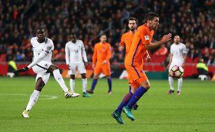 Paul Pogba marque contre les Pays-Bas le 10 octobre 2016